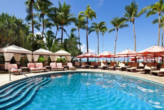 マルラニ・プールはロイヤルハワイアンのゲスト専用